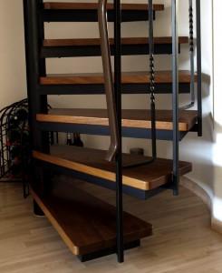 Wendeltreppe, noch ohne Treppensicherung.