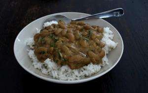 Wachtelbohnen, indische Art, gfcf und vegan, auf Reis