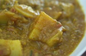 Kartoffelcurry mit roten Linsen, vegan, gfcf
