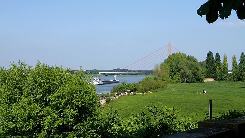 Grimlinghausen, Blick zur Fleher Brücke