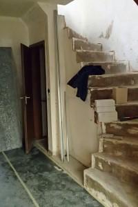 Die Treppe ist entkleidet