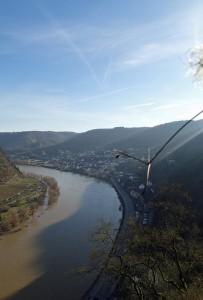 Blick von der Reichsburg auf die Mosel