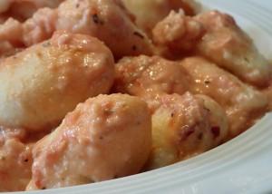 Protein-Gnocci mit Tomatensauce, glutenfrei