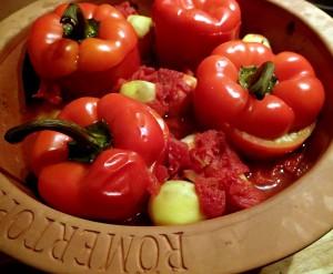 Gefüllte Paprika im Römertopf