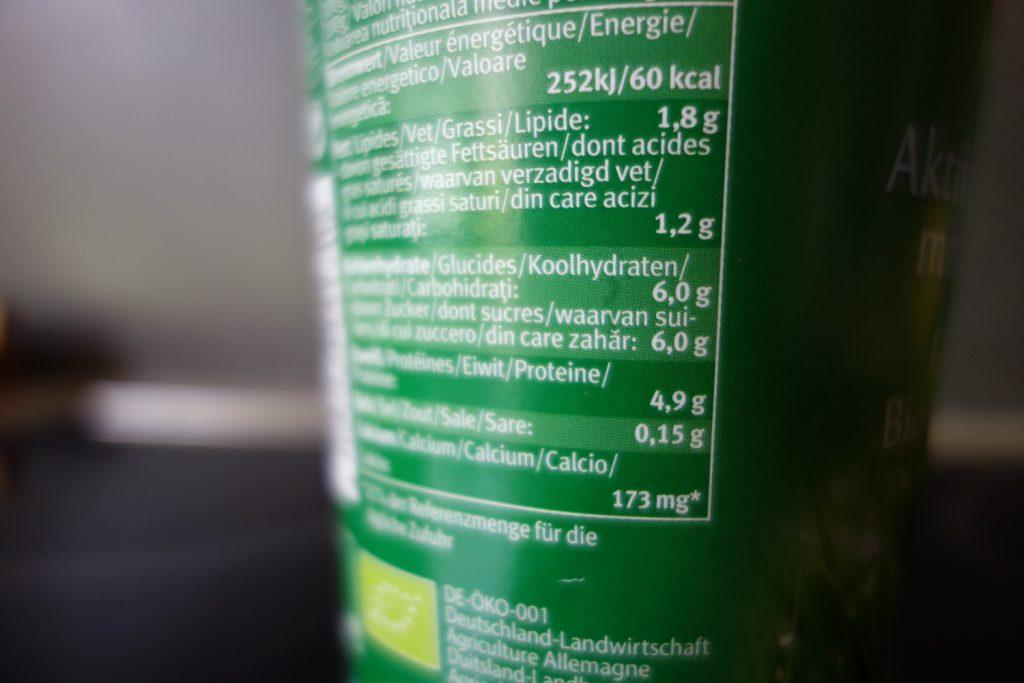 Lactose ist auch Zucker, der laut der WHO zu den 25 g zählt.