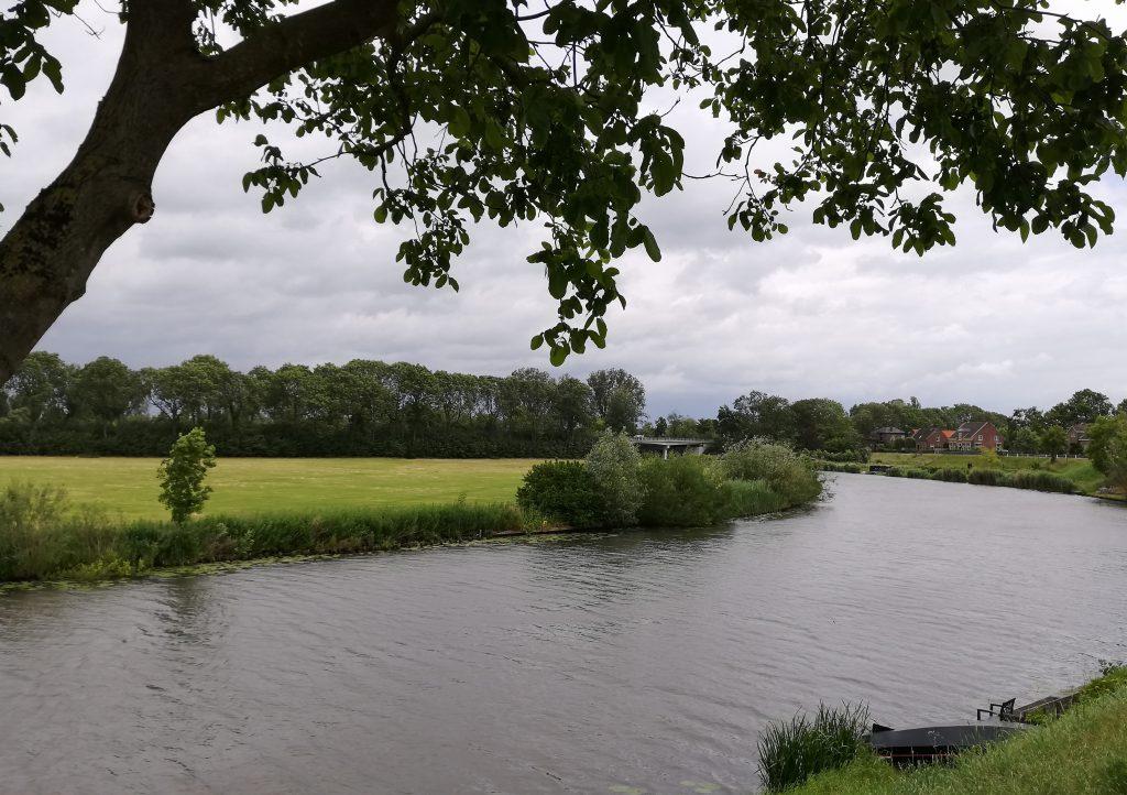 Auf dem Weg nach Leerdam, an der Linge entlang